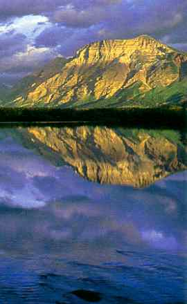 Waterton Lake, Boundary Mts, Alberta (Gerry Ellis)